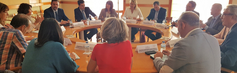 La Mesa de la Automoción analiza las necesidades formativas del sector