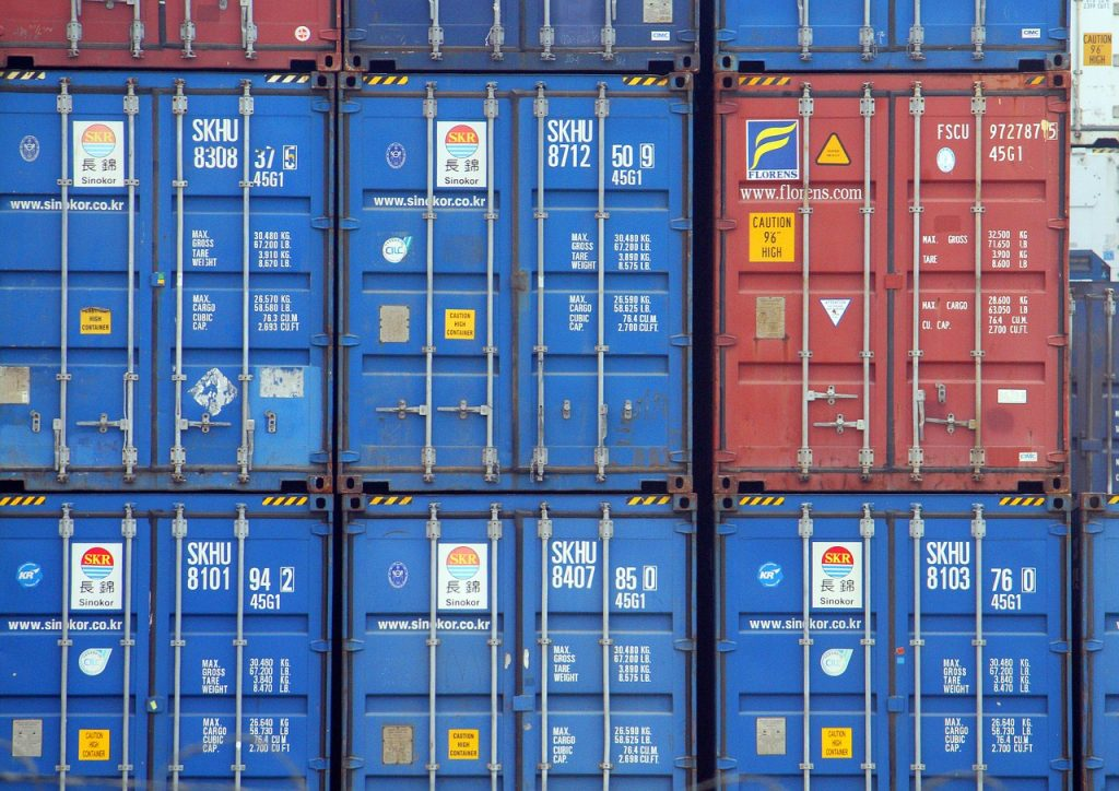 containers-2612716_1280