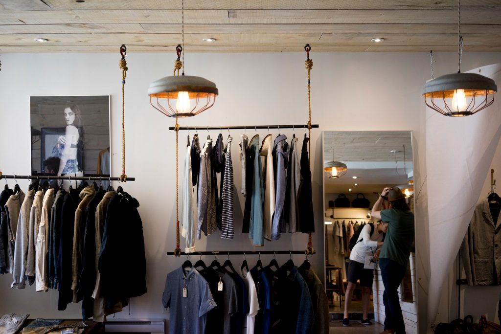 clothing-store-984396_1920 (1)